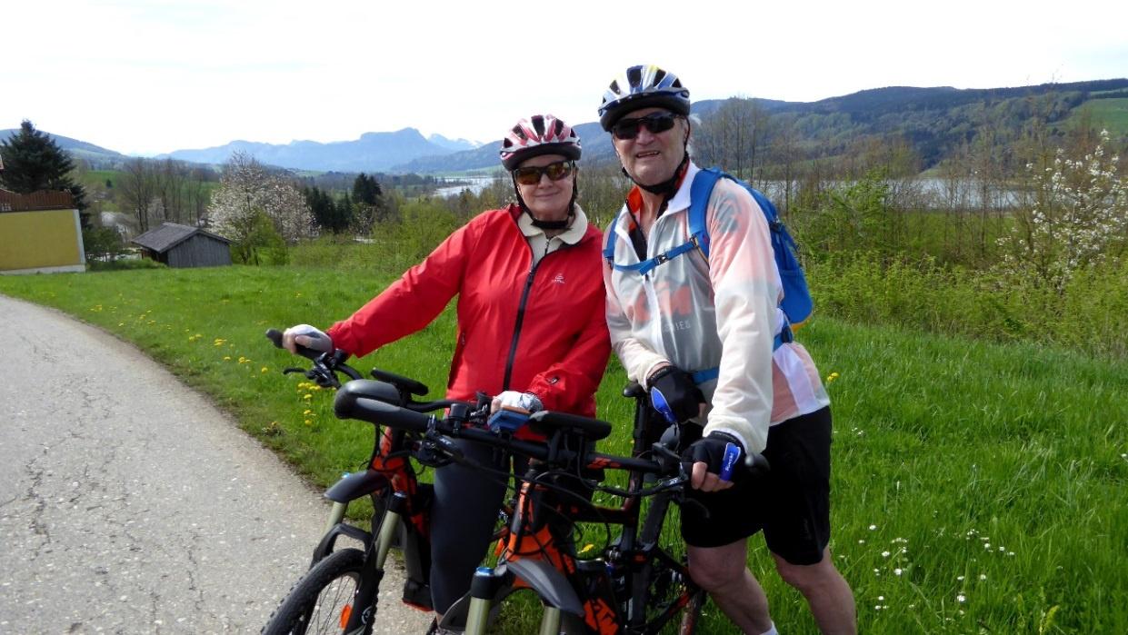 Heute fahren wir beide mit unseren KTM Macina e-Bikes