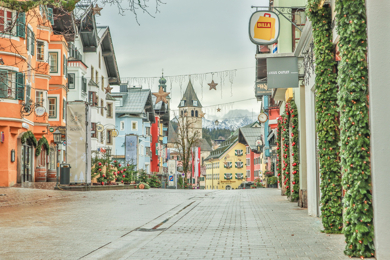 """Kitzbühel im Advent """"Stimmungsvolle Grüße aus  der Gamsstadt"""""""