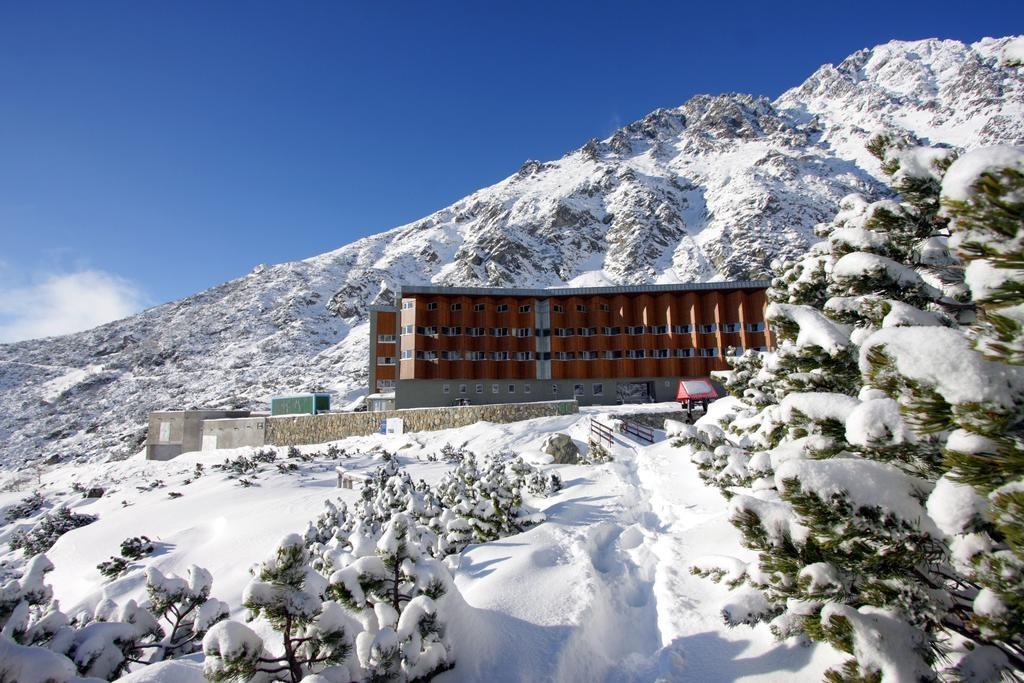 4 stars mountain hotel  1670m