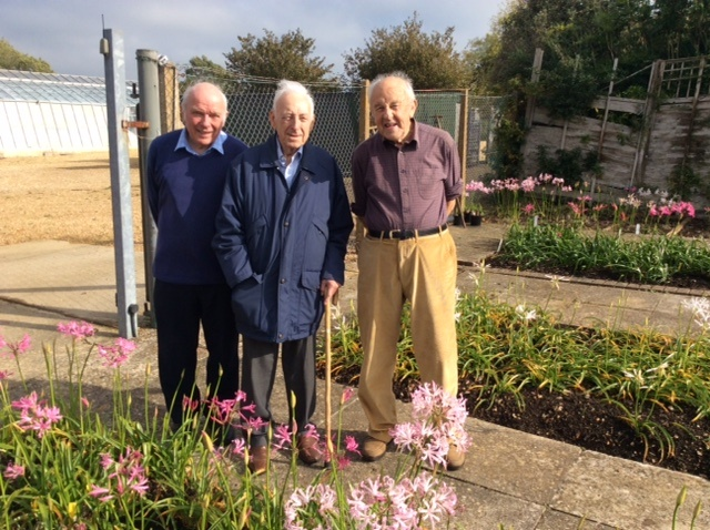 Ken ( r.) with Chris (l.) and visitor Reg Wright on a much brighter day!