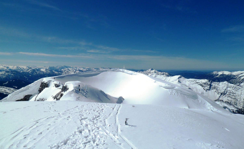 Blick hinüber zum Gipfel des Schönbergs