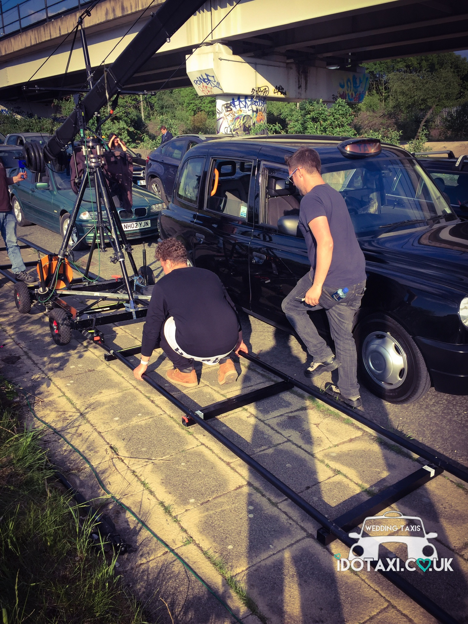 https://0501.nccdn.net/4_2/000/000/03f/ac7/filming-action-black-taxi--cab-north-west-1537x2049.jpg