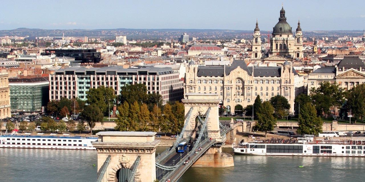 https://0501.nccdn.net/4_2/000/000/046/6ea/5276_bg_budapest-1280x640.jpg