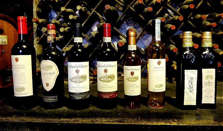 Die erstklassigen Weine der Bastion des toskanischen Terroirs genießen die Wertschätzung von Weinexperten aus aller Welt und werden in Weinführern mit erstklassigen Bewertungen geführt