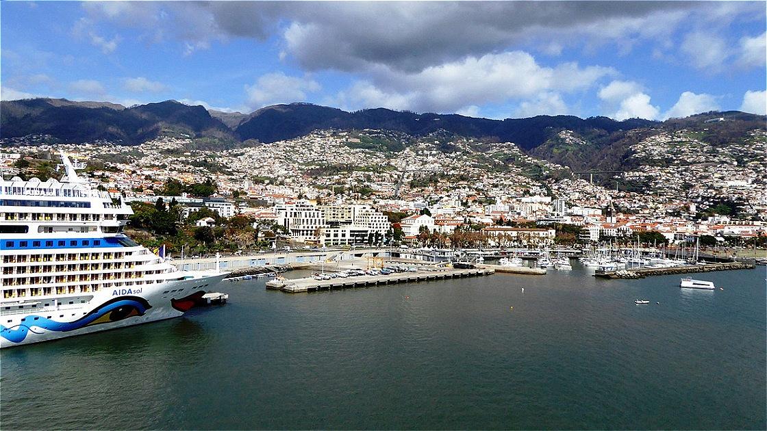 Im Hafen von Funchal
