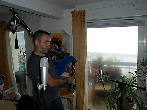 Cher Anthony Daniel, and his pipe, doing a LIVE FROM THE LIVING ROOM SESSION for Popmundial