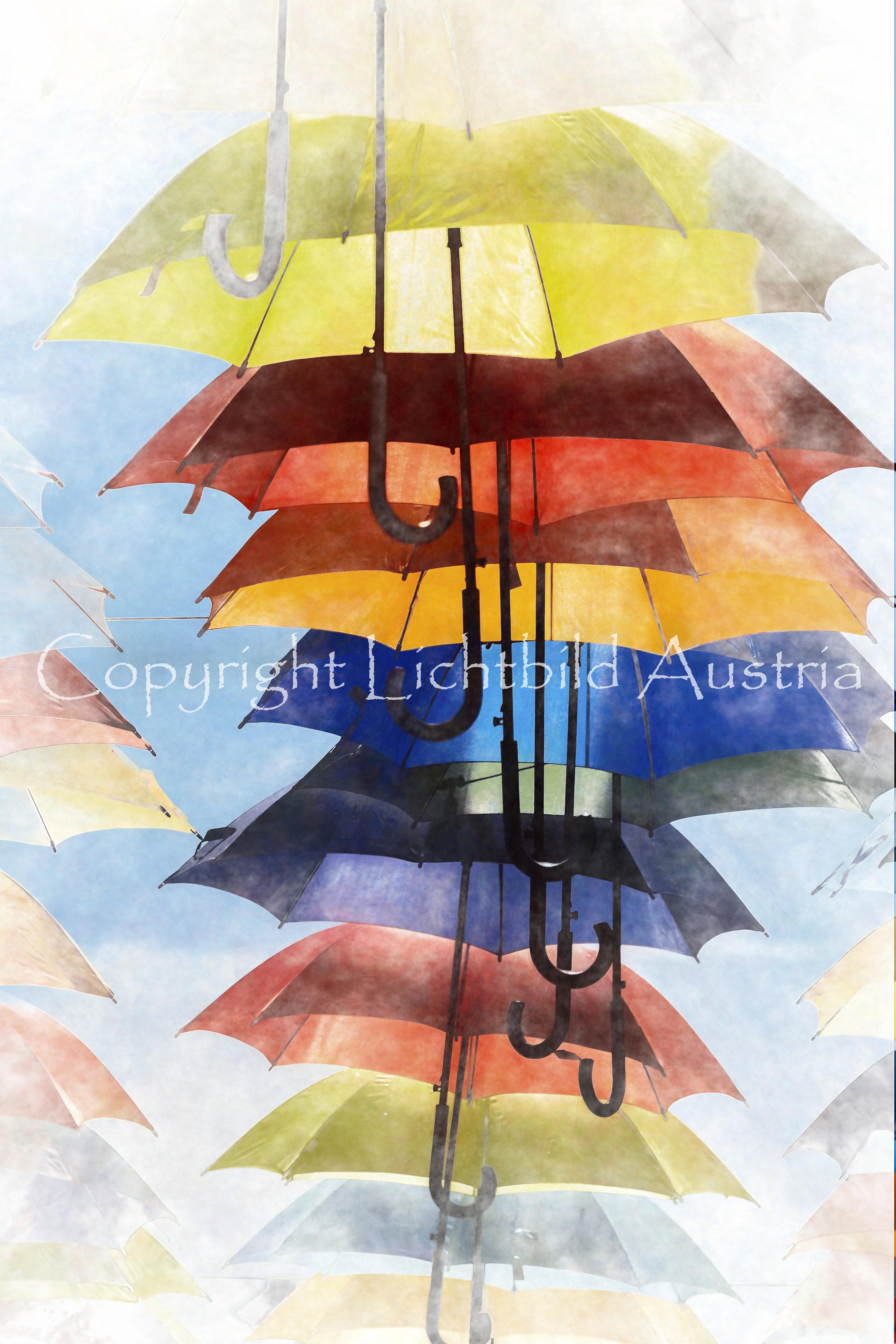 Regenschirm gegen Sonnenschein