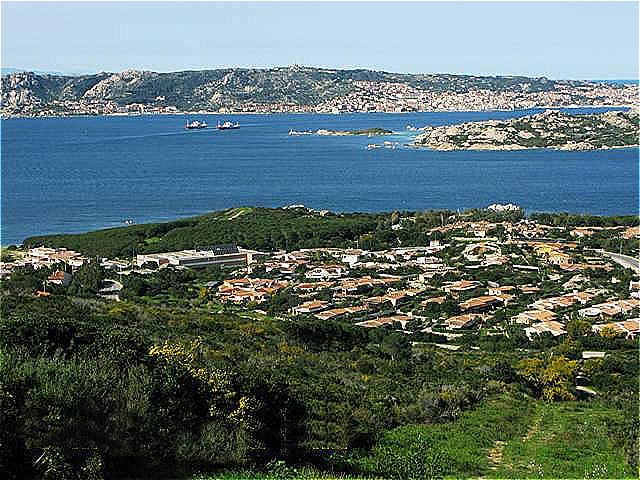 Fährbetrieb zwischen Palau und La Maddalena