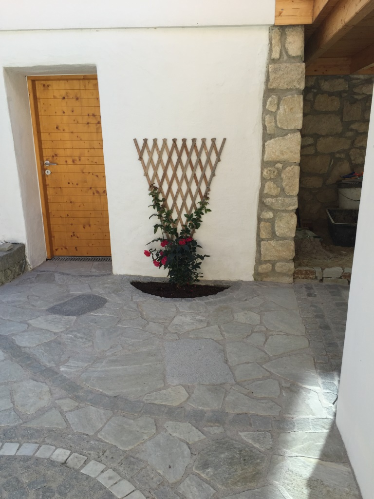 Wegplatten und Pflastersteine