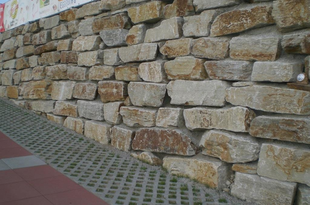 https://0501.nccdn.net/4_2/000/000/04b/787/Wurfsteinmauer-1024x679.jpg