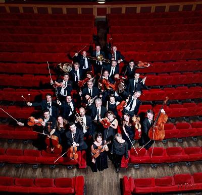 https://0501.nccdn.net/4_2/000/000/04d/e26/orchestretoulon_festivalsaouchantemozart-400x387.jpg