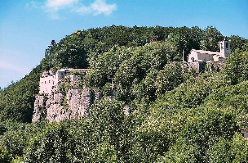 "Santuario de la Verna - der ""Heilige Berg"" Im Kloster La Verna erhielt Franziskus die Wundmale Christi"