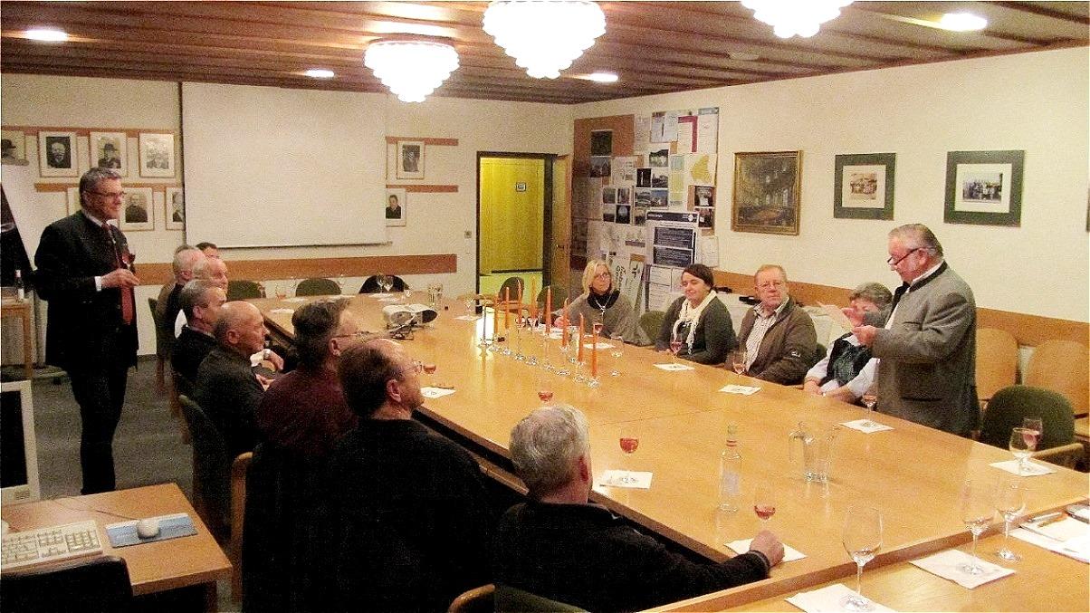 """Verkostung der """"Jungfernlese"""" im Gemeindeamt - 16 Dezember 2011"""