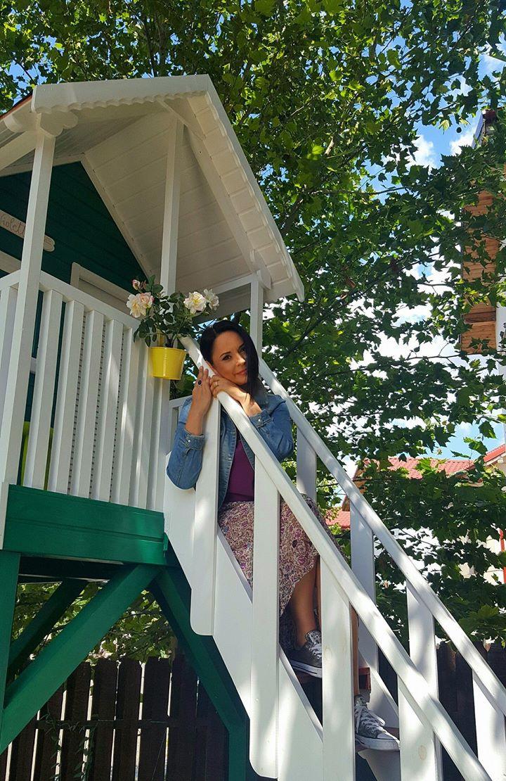 Căsuța mini-Clara la înălțime - la filmări