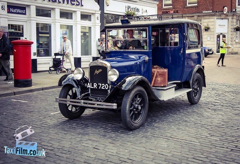 https://0501.nccdn.net/4_2/000/000/051/0ce/peaky-blinders-taxi-production-taxi-vintage-785x535.jpg