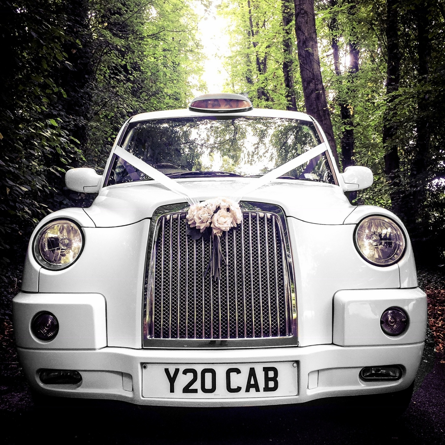 Hale barns, cheshire wedding taxi