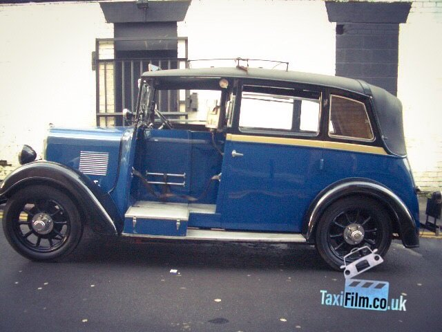 Imperial Blue Beardmore Taxi 1938, Bolton ref B0306