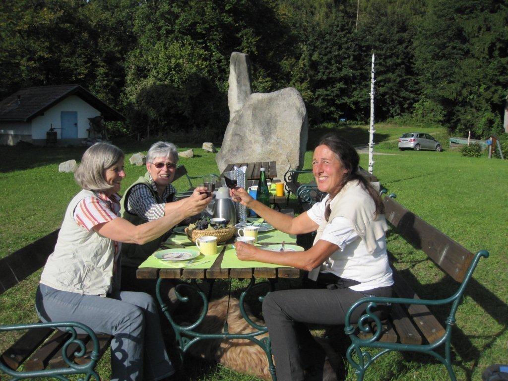 Bibelwegwanderung beim Obfrauentreffen in Friedburg 2012