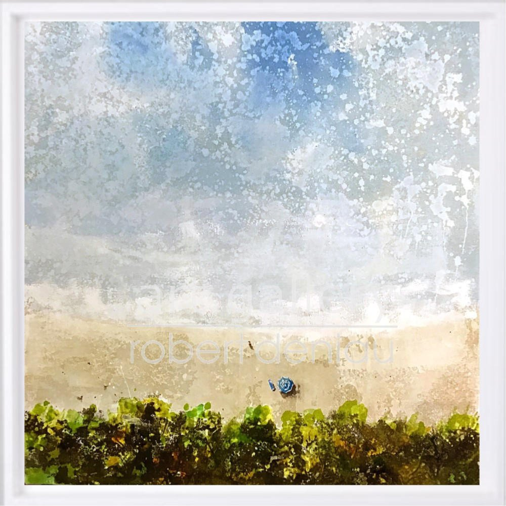 """Alone on the beach"" H60x60 cm - Framed 67x67 cm Mixed Media on canvas"