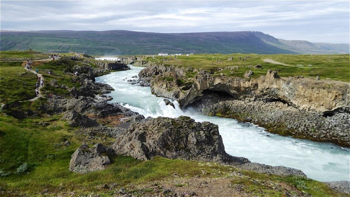 Tief haben sich die  Wassermassen ins Gestein gefräst