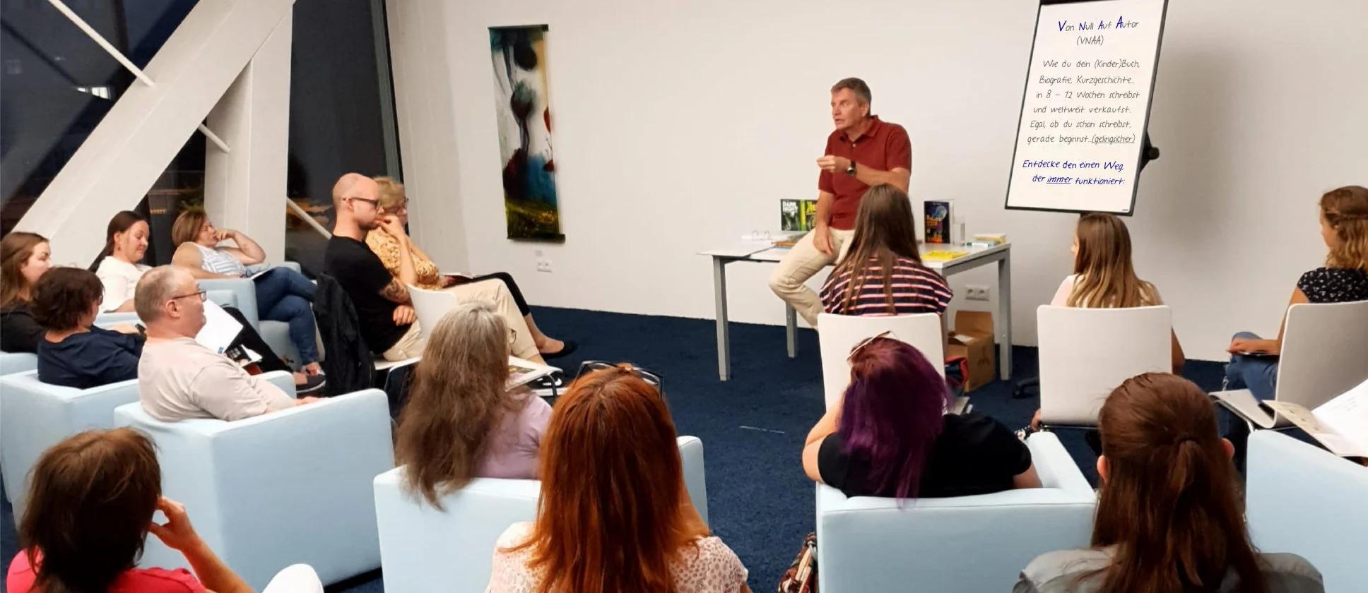 """Grieskirchen, Stadtbibliothek, 8. 9.: """"Top-Seminar, echte Resultate wie hier findet man nirgendwo sonst. Danke, Martin."""""""