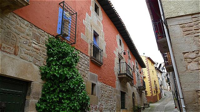 Straße zum mittelalterlichen Kern
