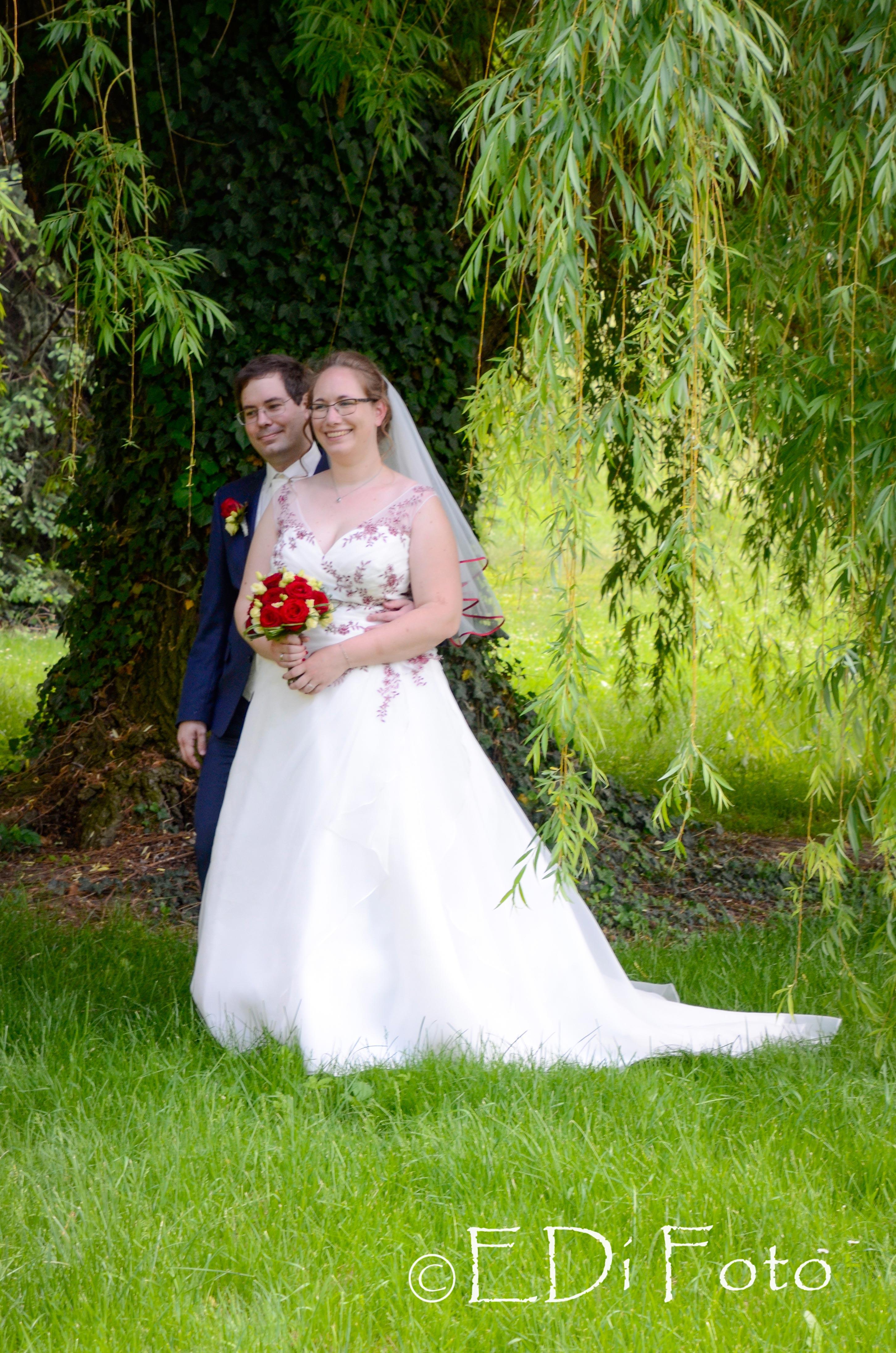 https://0501.nccdn.net/4_2/000/000/05c/240/Hochzeit-Schinnerl--530-.jpg
