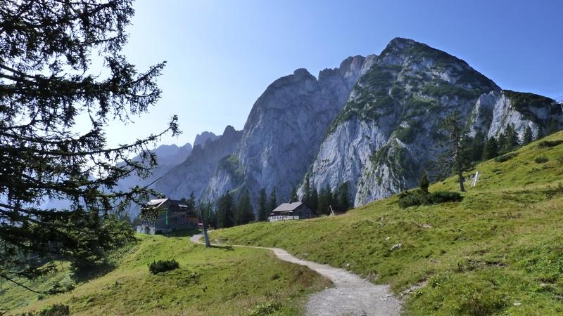 Zwieselalm - Gablonzer und Breining Hütte (1.550 m) mit Gosaukamm