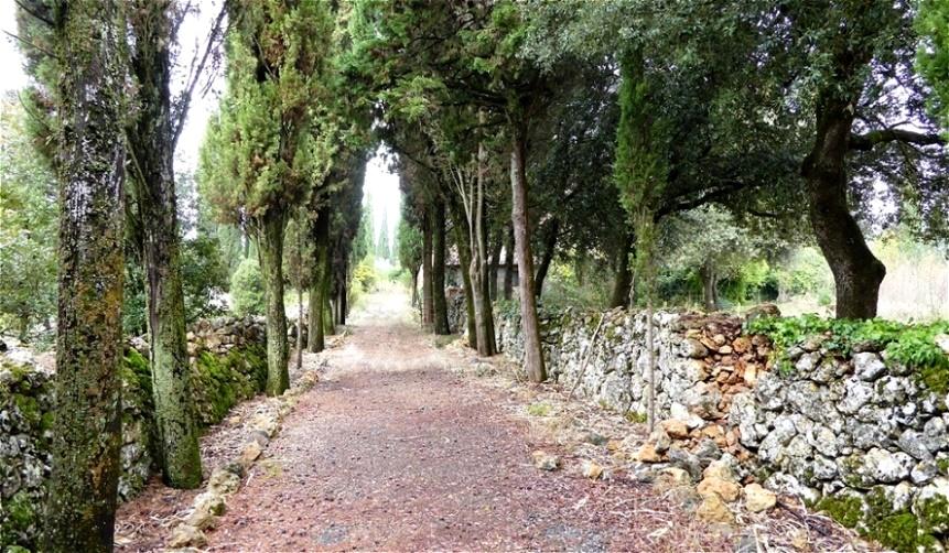 Eingang zu einem Landgut