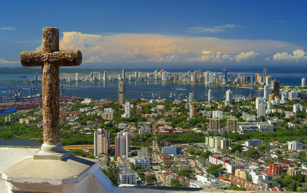 https://0501.nccdn.net/4_2/000/000/060/85f/Cartagena_de_Indias_desde_el_cerro_La_Popa-Kopie-989x622.jpg