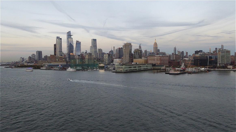 Blick zurück - vor der Hafenausfahrt