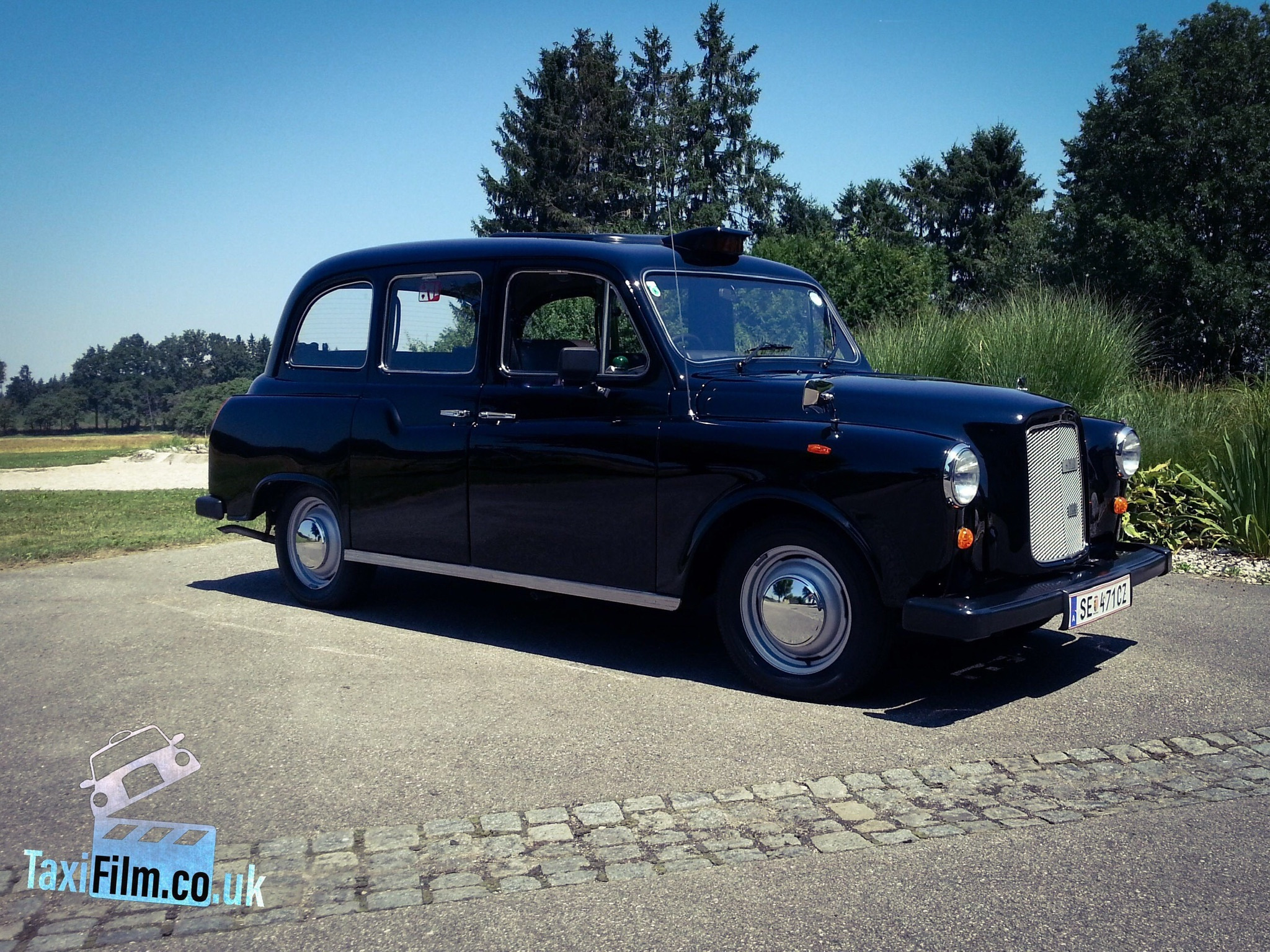 https://0501.nccdn.net/4_2/000/000/060/85f/europe-production-taxi-austria-2048x1536.jpg