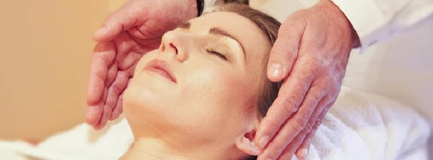 Unsere Gesundheitsleistungen sind dem osteopathischen und komplementären Bereich zuzuordnen. Die Massagetechnik nach Tom Bowen, auch bekannt als Bowtech oder Bowentherapie ist eine Bindegewebetechnik die der Unterstützung der Selbstheilungsmechanismen des Körpers dient.