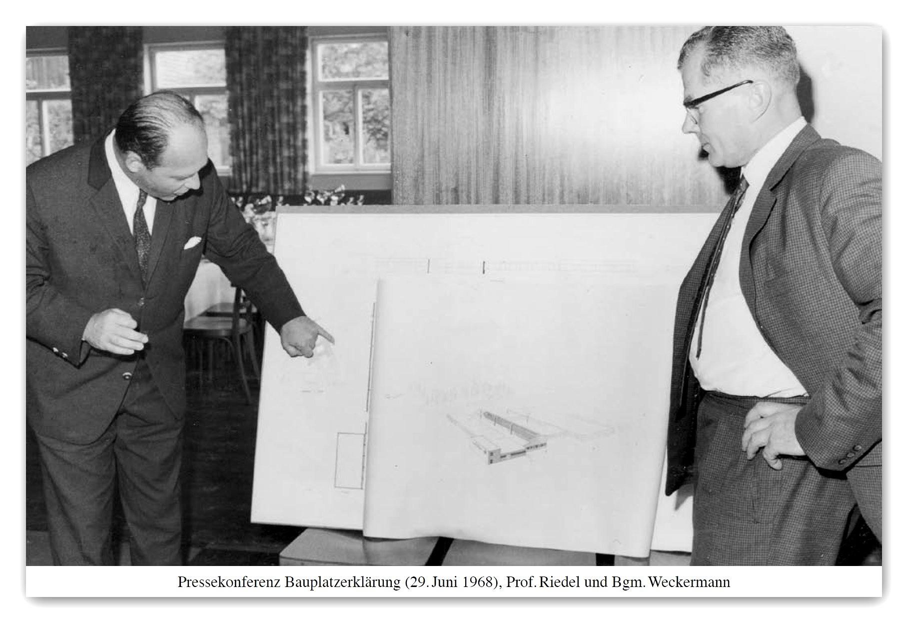 https://0501.nccdn.net/4_2/000/000/064/d40/Bau-Riedel-H--tte-29.-Juni-1968-Prof.-Riedel-und-BG-Weckermann.jpg