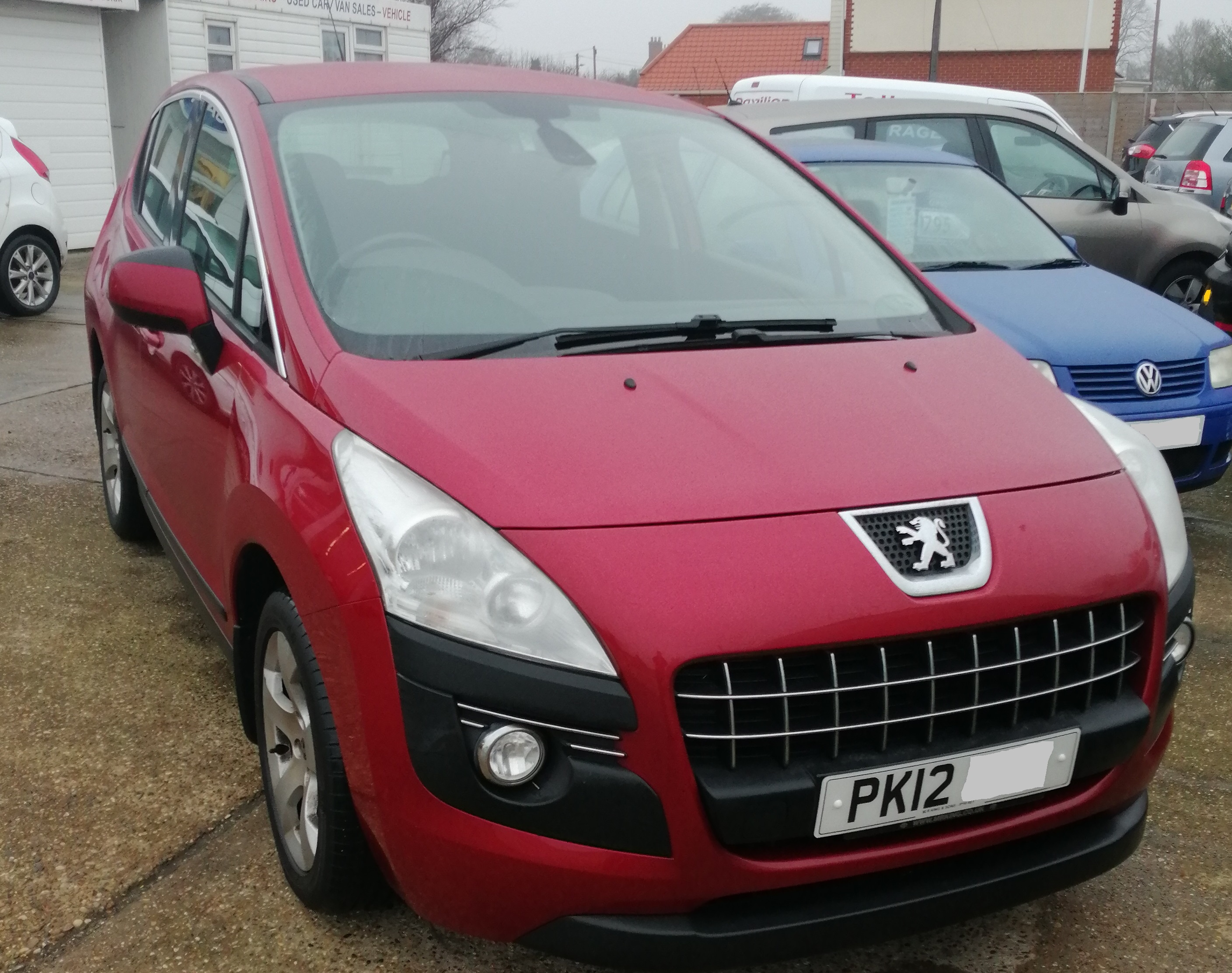 Peugeot 3008 Active HDI  1560cc - Diesel 2012 / 12 76,150 Miles  Service History  Spare Key £125 per year Road Tax £4495