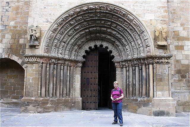 Romanisches Portal - Iglesia de Santiago