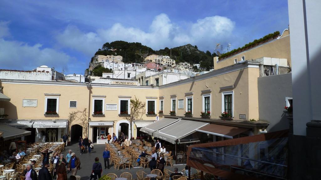 """Die """"Piazzetta"""" in der Stadt Capri"""