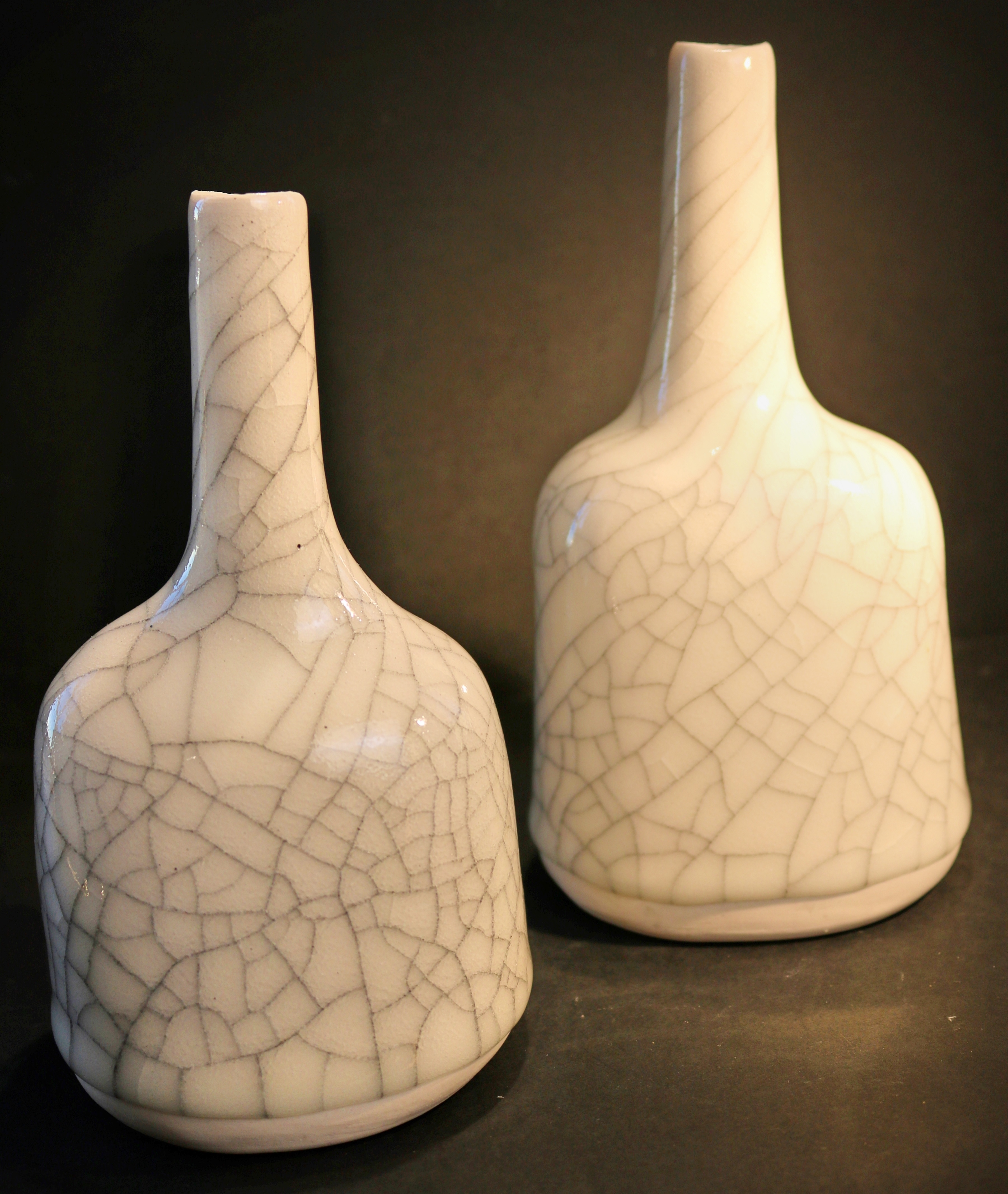 https://0501.nccdn.net/4_2/000/000/064/d40/porcelain-crackle-2-pots--4-3602x4266.jpg