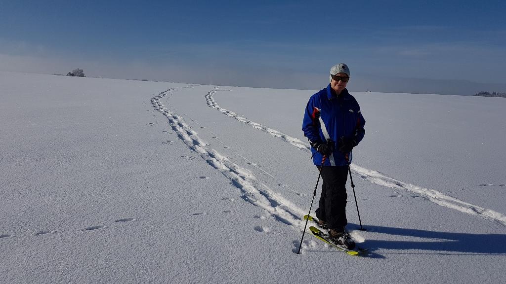 Zwei Spuren im Schnee !