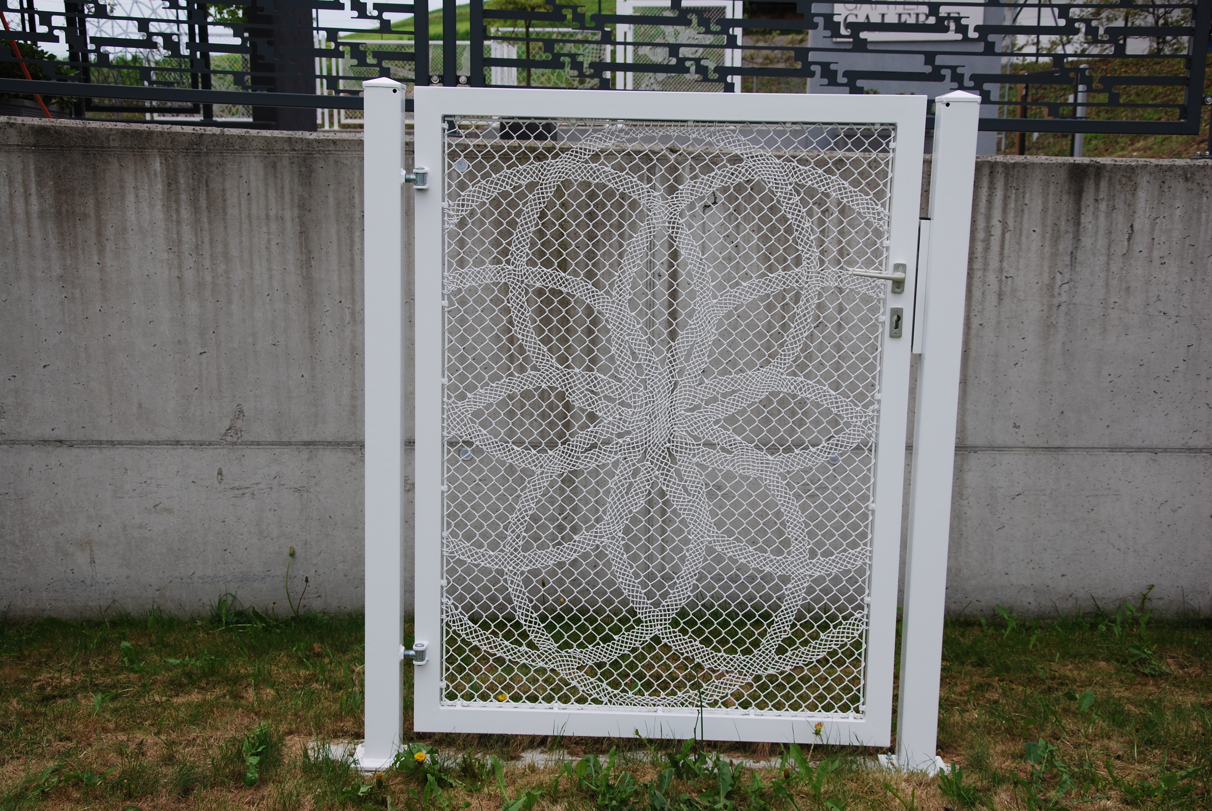 Lace Fence Designtür - € 850,-