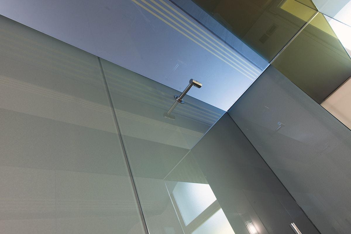 Steklena tuš kabina po naročilu