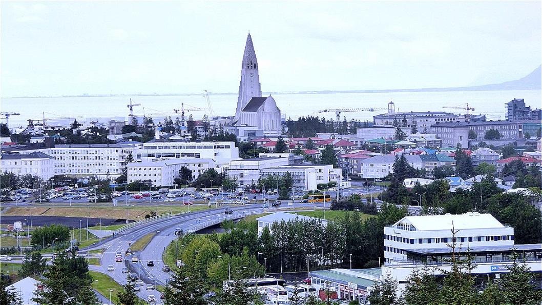 Im Zentrum von Reykjavik steht die Halgrimskirkja