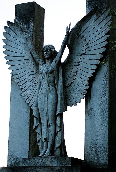 Bianchi Stone Statue