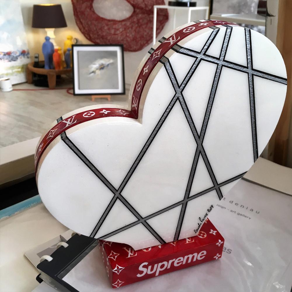 """Heart Supreme""  - H26x25 cm - Wood & epoxy resine"
