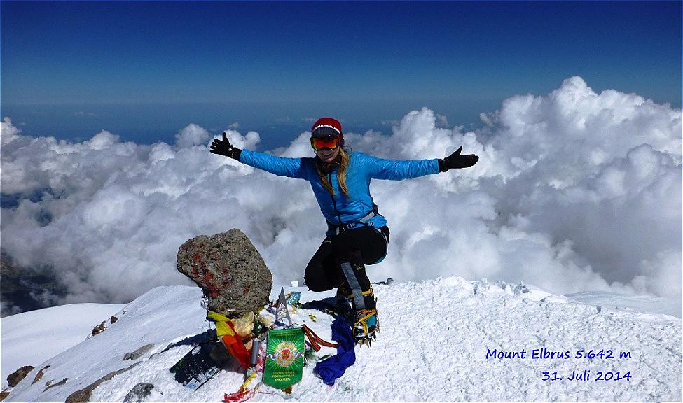 Elbrus -5.642 m - höchster Berg Europas August 2014