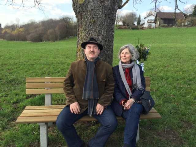 Bürgermeister Christian Karger und Zeitbankobfrau Waltraut Huber