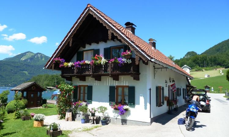 Haus an der Uferstraße