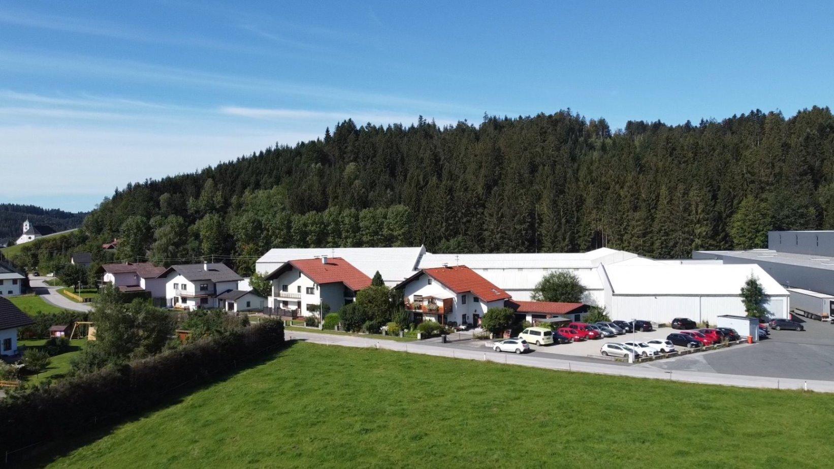 Ehemalige RIEDEL-Glashütte - heute Logistikzentrum