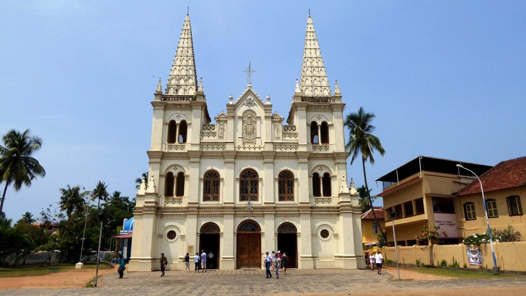 Santa Cruz Cathedral Basilika - ein Wahrzeichen von Fort Cochin