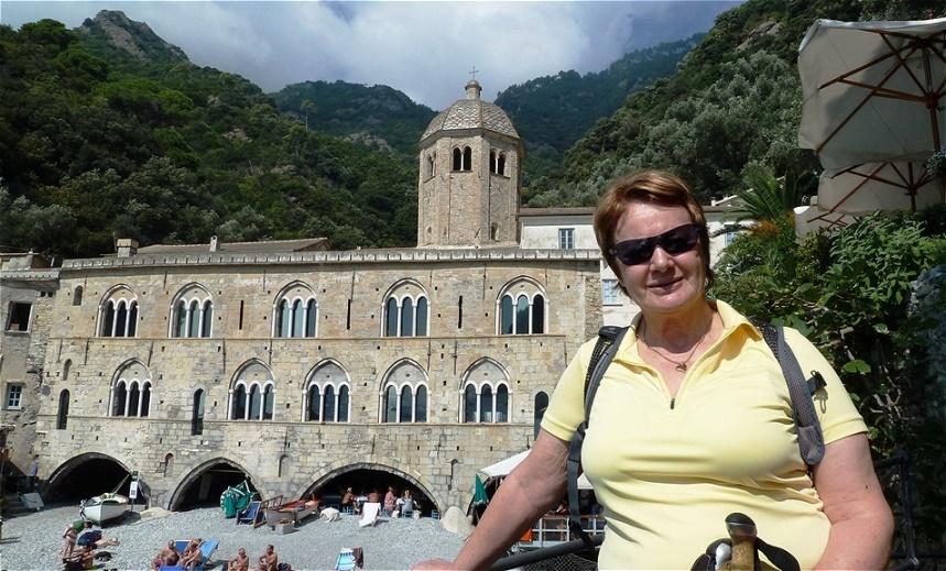 Die Gründung des nach Fructuosus von Tarragona benannten Klosters geht auf Adelheid von Burgund im 10.Jh. zurück.